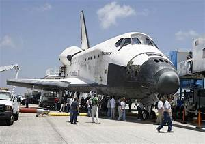 Space Shuttle Discovery Getting Ready for the Final Trip ...