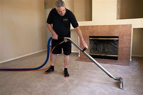 Carpet Cleaning Man Carpet Masters Oklahoma City Best Way To Clean Deep Stains Remove Old Dog Urine Smell From Cheap Cleaners Central Coast Dream Weaver Dealers Baking Powder Cleaning M J Loveland Red Tickets Uk