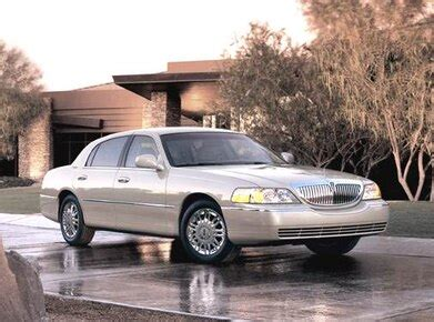 blue book value for used cars 1992 lincoln continental parking system 2006 lincoln town car pricing ratings expert review kelley blue book