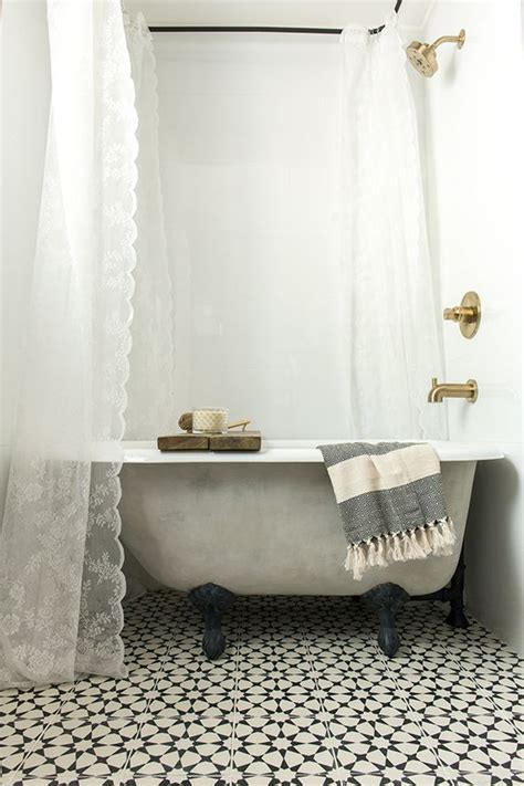 Can You Paint A Clawfoot Tub by A New Tub Turned Vintage With Lime Chalk Paint Lace