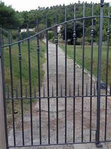 Portail Fer Forgé Plein : portail en ferronnerie fer plein a cotignac ferronnier ~ Dailycaller-alerts.com Idées de Décoration