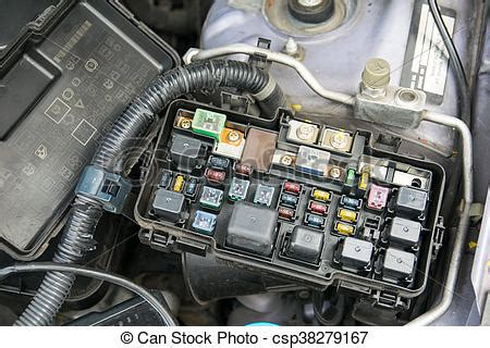 2007 Yari Engine Diagram by Fuse Box Detail Of A Car Engine Bay With Fuses