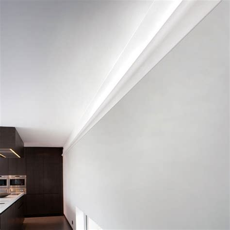corniche plafond eclairage indirect corniche moulure de plafond axxent orac decor pour eclairage indirect c364 233 clairage plafond
