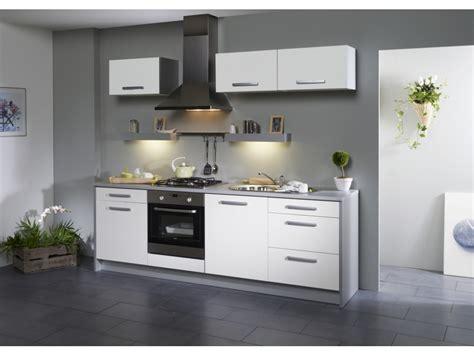meuble blanc cuisine cuisine meuble blanc modele cuisine equipee cuisines