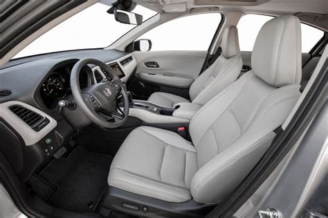 Maybe you would like to learn more about one of these? 2021 Honda HR-V: Review, Trims, Specs, Price, New Interior ...