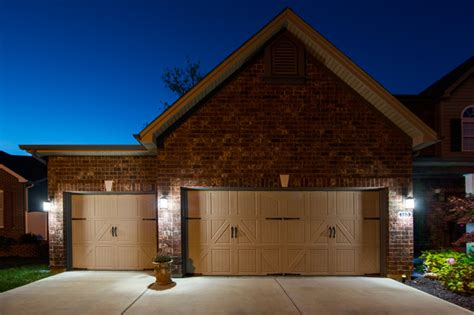 led garage driveway and house number lighting