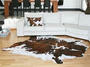 la deco peau de vache joli place With tapis peau de vache avec coussin ameublement canape