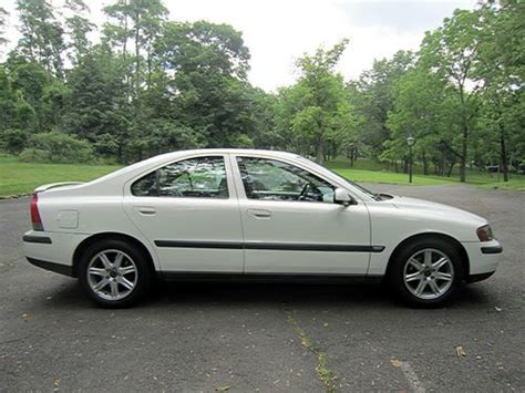 Volvo S60 2 4t by Find Used 2001 Volvo S60 2 4t Sedan 4 Door 2 4l Needs A