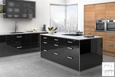 cuisine noir et blanc laqué cuisine laque grise cuisine laquee grise cuisine laque