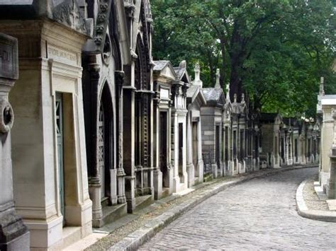 pere la chaise pere lachaise cemetery cemeteries graveyards photo