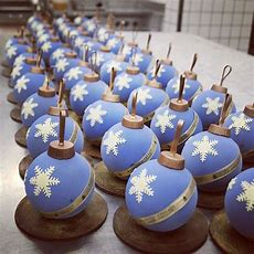 """badrutt's Palace Patisserie Team  Chocolate Sculptures  Christmas Desserts, Christmas"