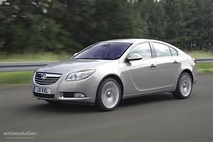 Opel Insignia 2012 : vauxhall insignia sedan specs 2008 2009 2010 2011 2012 2013 2014 2015 2016 2017 2018 ~ Medecine-chirurgie-esthetiques.com Avis de Voitures