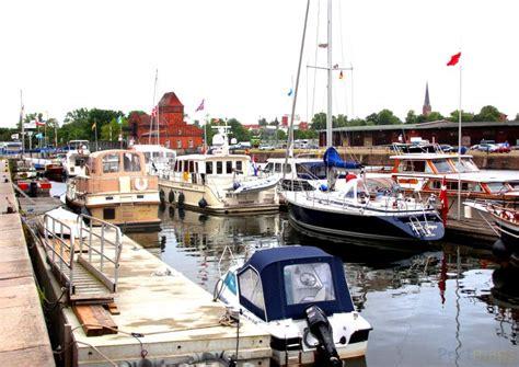 Lübeck Hansa Marina Wohnung Auf Garage Bauen Bodenbeschichtung Mieten Thurgau Aus Holz Pankow Fertig Garagen Kündigen Vorlage Style Your