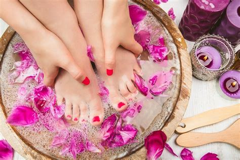 bassine pour bain de si鑒e les bienfaits incroyables du bain de pieds sur votre santé