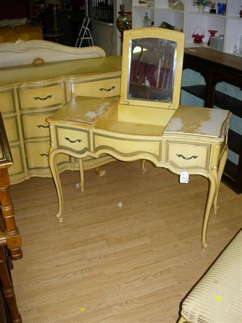 Drexel Heritage Dressing Table by 90364 Vintage Drexel Touraine Vanity Dressing Table Lot