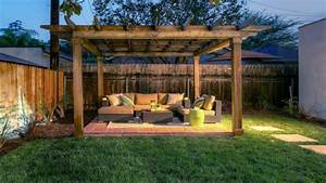 Easy patio flooring outdoor privacy screen fence backyard for Simple and easy backyard privacy ideas
