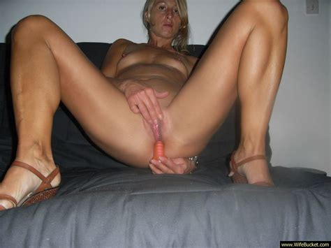 wifebucket hot milf with small tits fucking big dildos