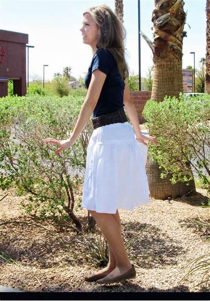 Skirt Lift Gifs Ass Malloy Mal Bicaramuslim