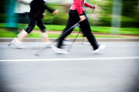 How To Lose Weight With Power Walking