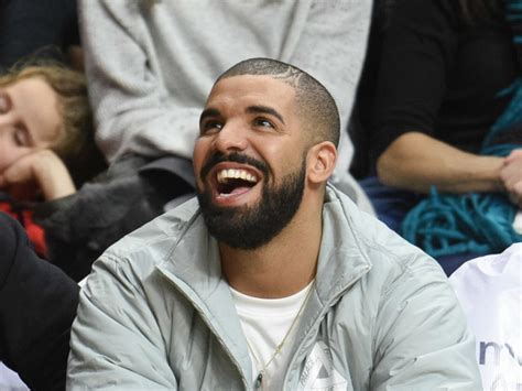 Drakes Views Sells More Than One Million In First Week