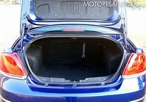Fiat Linea 1 9 Essence  Un Moderno Sed U00e1n Tricuerpo De Excelentes Prestaciones Y Un Completo