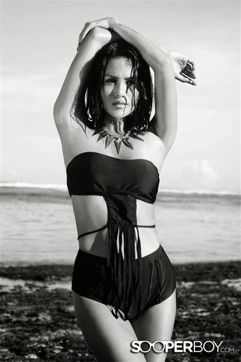 Model Artis Hot Sexy Galeri Foto Seksi Laras Monca Hot Di