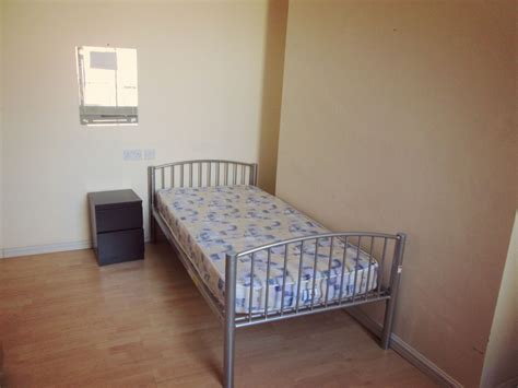 Rooms To Rent Weekly. Cheap Weekly Rooms To Rent From 90