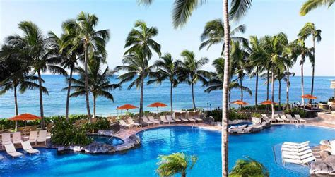 hawaii honeymoon pool vacation stay where