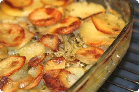 recette cuisine fenouil pommes de terre au four aux oignons ultra fondants la