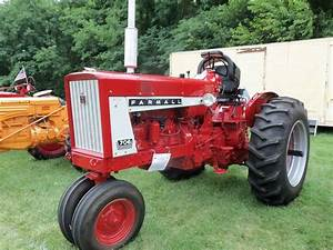 1963 Farmall 706 Tricycle