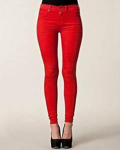 Röda jeans