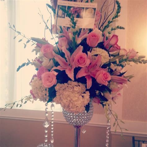 Stargazer Lily Wedding Centerpiece With Pink Roses White