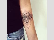 Tatouage Fleur Triangle Tattooart Hd