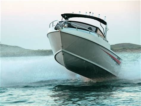 Amf Boats For Sale Australia by Amf 660 Pro Sport Series Vee Berth Cabin Review Trade