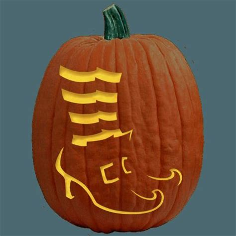 pumpkin painting stencils 33 best wizard of oz trunk or treat ideas images on pinterest wizards trunk or treat and