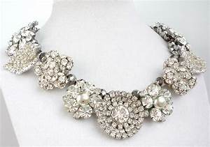 Chunky wedding jewelry statement necklace rhinestones for Wedding ring necklace