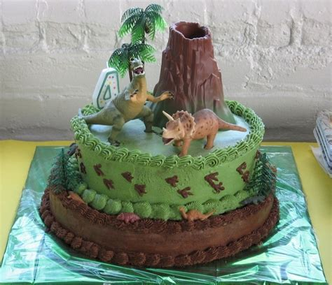 jurassic world inspired cakes page