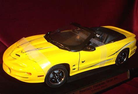 pontiac firebird trans  collector edition yellow