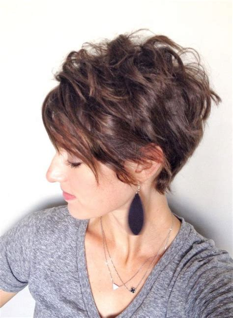 Inverted Pixie Hairstyles by Inverted Pixie Bob For Faces And Thick Hair