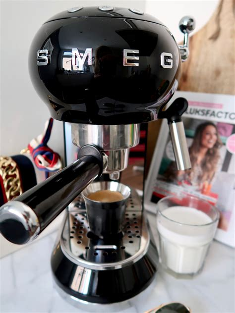 Smeg ecf01 espresso coffee machine is synonymous with retro style and high quality and this stylish retro model is no exception. Smeg Coffee Machine Review » ArielleDannique