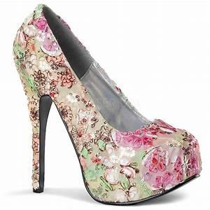 Schuhschrank Für High Heels : plateau pumps im blumen design highheels boutique ~ Bigdaddyawards.com Haus und Dekorationen
