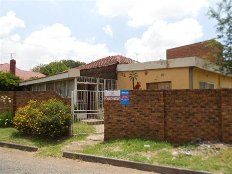 2 Bedroom House Park by Standard Bank Repossessed 2 Bedroom House For Sale On