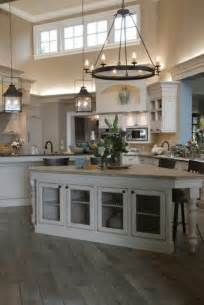 küche gestalten küche im landhausstil gestalten