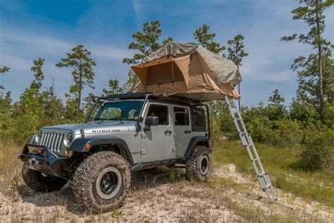 jeep wrangler overland tent 2007 jeep wrangler smittybilt roof top tent review