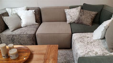 Tabelle, Stock, Innere, Wohnzimmer, Möbel, Zimmer, Couch, Bank, Hartholz, Bett