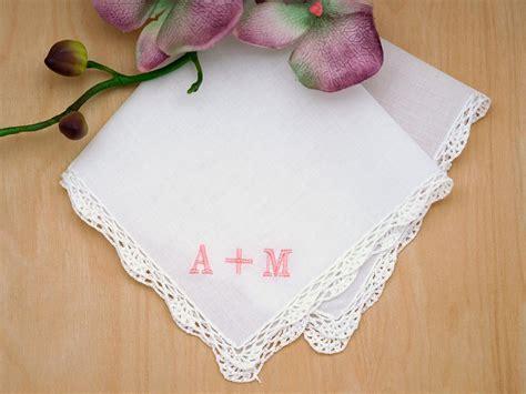 image gallery monogrammed handkerchiefs monogrammed couples ladies handkerchief font r