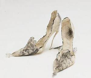 VIOLISE LUNN Paper shoes