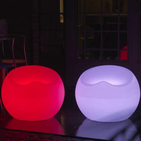 siege rond pouf lumineux rond samoa fauteuil lumineux design
