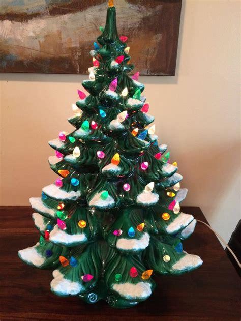 21 atantic mold flocked ceramic christmas tree 24 quot large vintage atlantic mold ceramic tree trees trees and ceramics