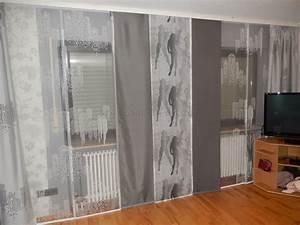 Moderne Gardinen Wohnzimmer : moderne wei graue schiebegardine f rs wohnzimmer mit ~ Sanjose-hotels-ca.com Haus und Dekorationen